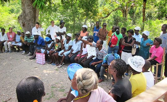 Haitian mango farmers being trained in Gros Morne, l'Artibonite