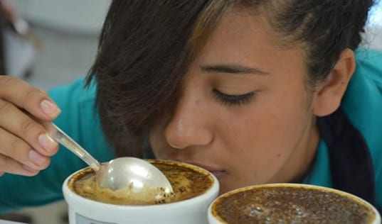 A Gap in The Market: How Coffee Tasting Helps Honduran Women