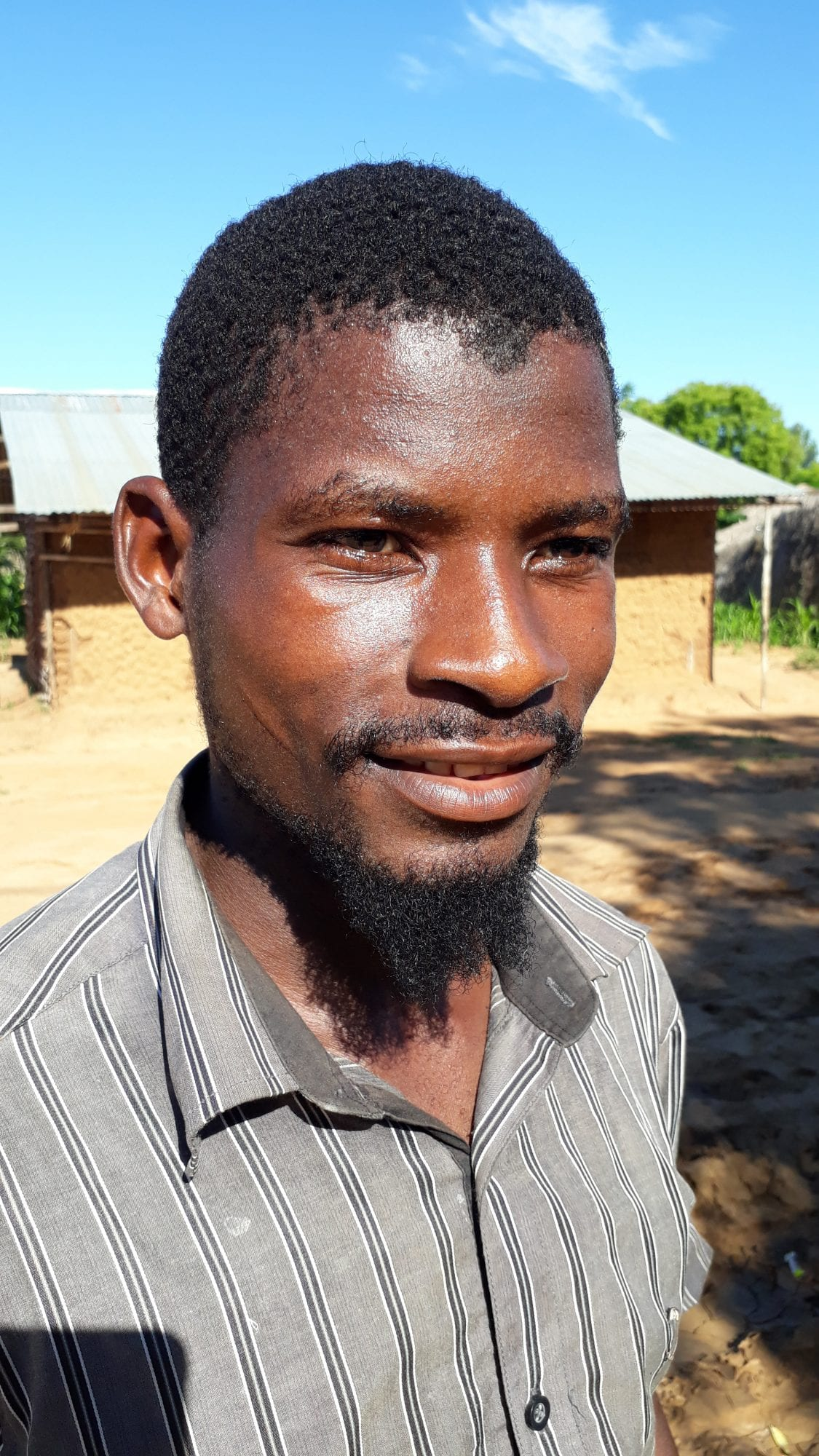 Image of Issufo Momade, a smallholder farmer in Mozambique