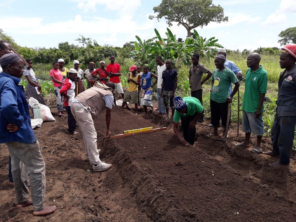 Farmers in Mozambique participate in a training.