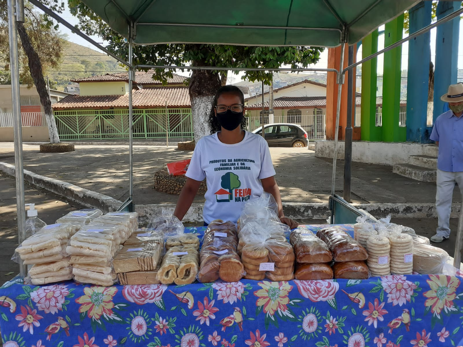 Mariana sells baked goods in her rural community in Brazil