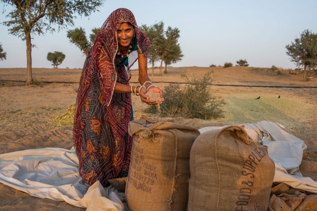 Women in India with sustainable guar, part of SGI