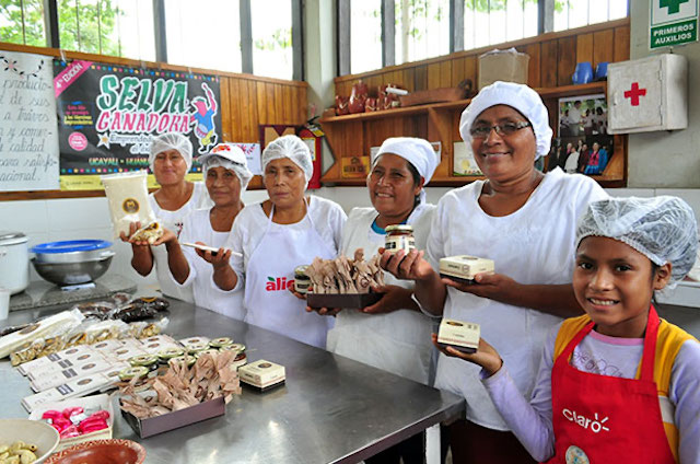 Peruvian artisanal chocolate makers
